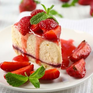 Keva - Recipes - Cakes - Strawberry Cake