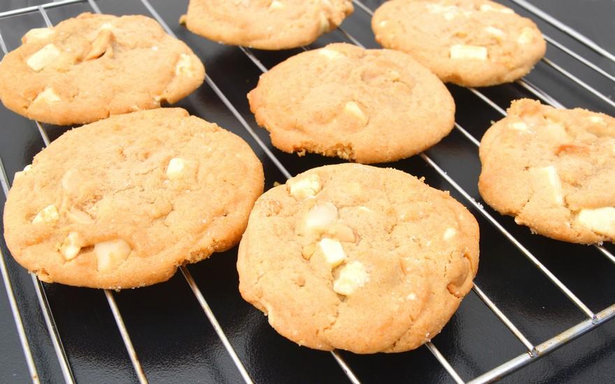 Keva - Recipes - Cookies - Mango White Chocolate Chip Cookies